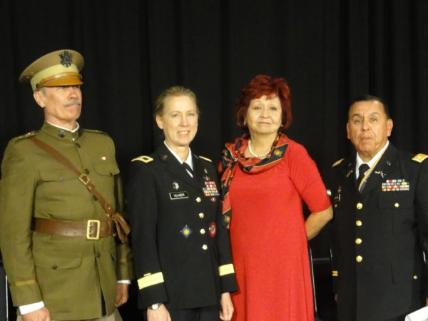 Gen Pershing BG Yeager Laura Beltran & LTC Beltran at the end of the ceremony.JPEG