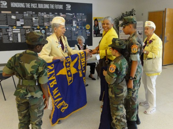 El Paso Young Marines assist the Gold Star Widows.JPEG