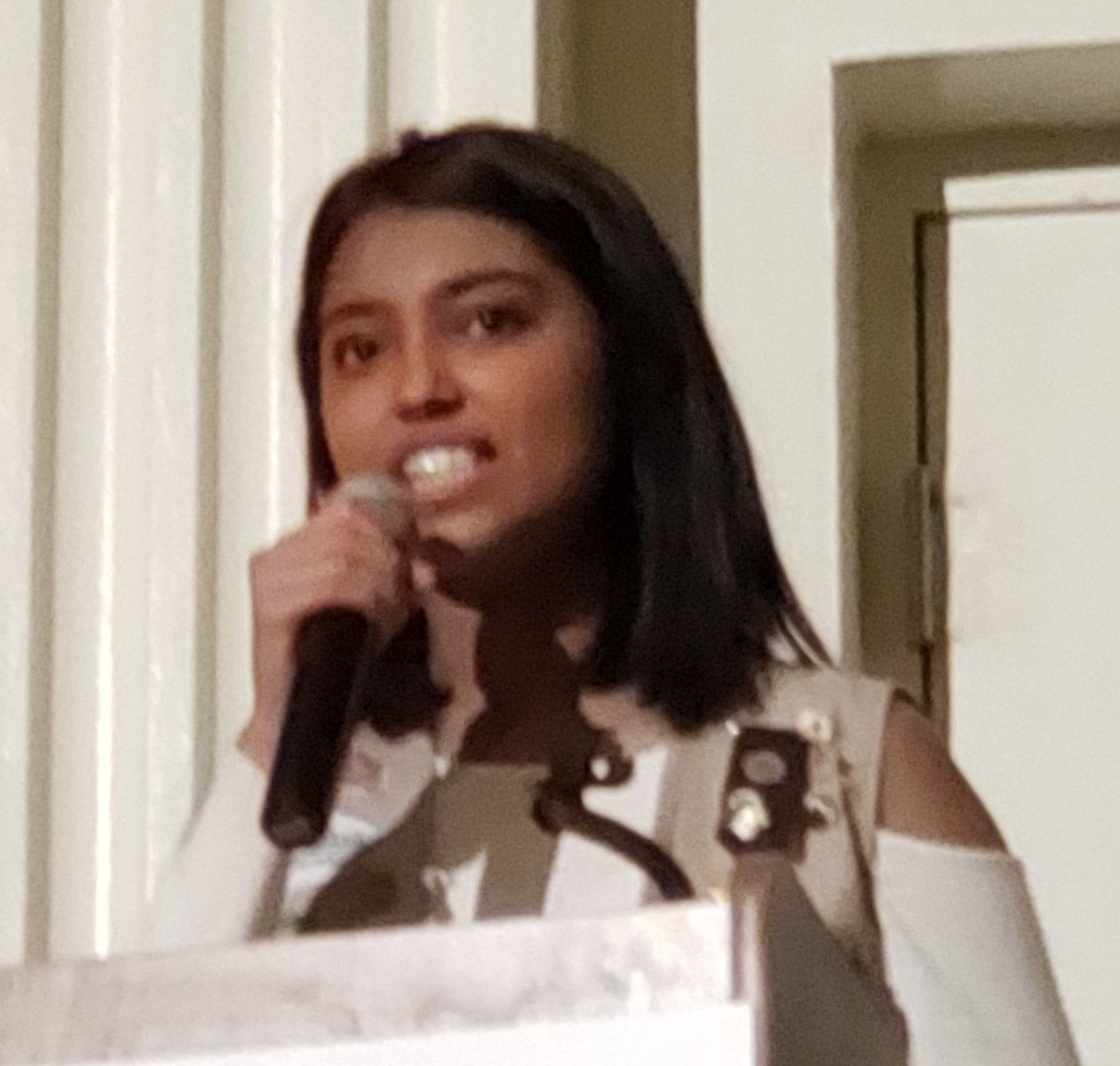 Disha Ganjegunte discusses her project.jpg