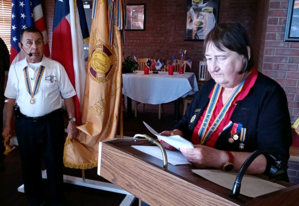 CPT Mitchell invests LtCol Beltran as Chapter Commander.jpeg