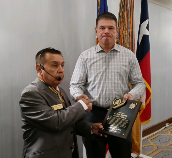 Sheriff Wiles Receives Award for His Office.jpeg